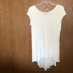 Kim & Cami white T-shirt blouse